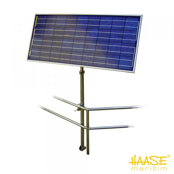 Solarpaneelhalterung mit Befestigung an der Reling und auf dem Deck